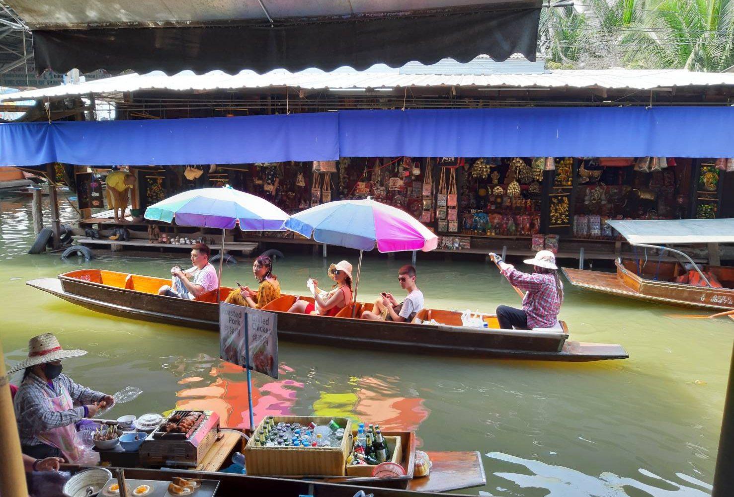 Damnoen Saduak Floating Market Ratchanaburi