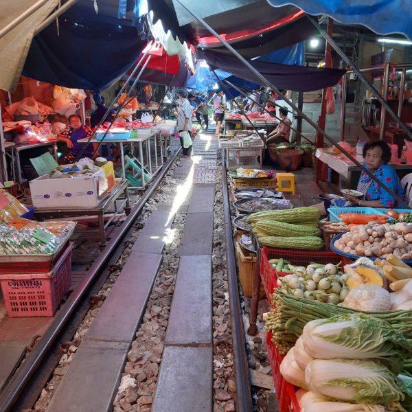 Rom Hoop Market