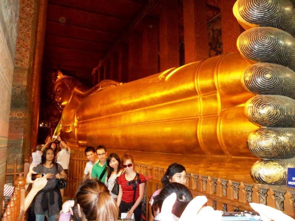 Wat Pho > Reclining Buddha Temple