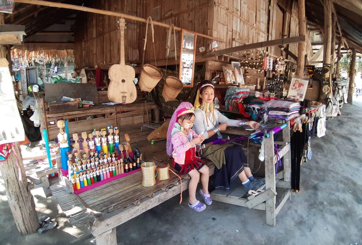 Karen Village > ChiangMai